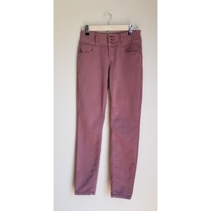 Angel Kiss High Rise Blush Skinny Jeans size 7